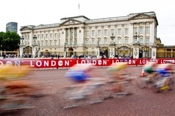 ITU racing outside Buckingham palace London